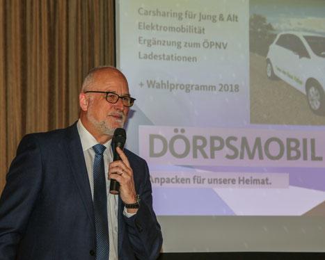 CDU-Ortsvorsitzender Johannes Hansen zeigte sich begeistert von der Nachhaltigkeit des Projektes.
