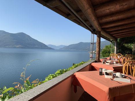 Ausblick vom Restaurant in unserem Hotel La Rocca