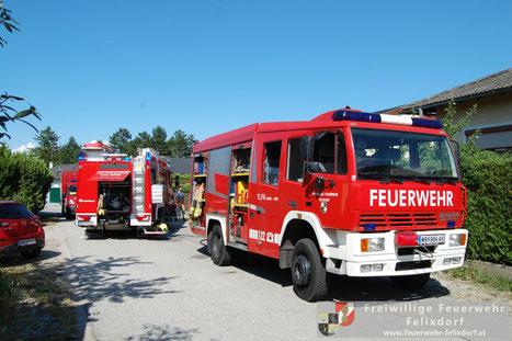 Feuerwehr, Blaulicht, FF Felixdorf, Brand, Keller