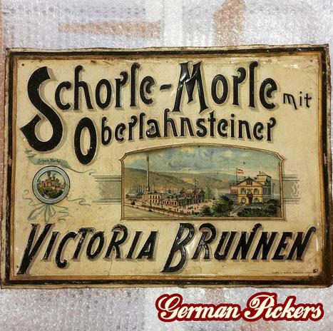 Schorle - Morle Victoria Brunnen Oberlahnstein / Lahnstein - Blechschild  Oberlahnstein um 1900, 31 x 41 cm  Hersteller Saupe & Busch Radebeul-Dresden  einzig bekanntes Exemplar