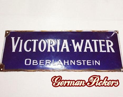Victoria Brunnen Water - Emailschild  Oberlahnstein um 1910  15 x 40 cm
