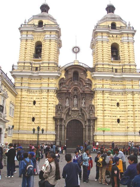 Stadtführungen in Lima mit PERUline