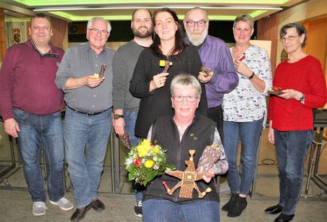 vorn:        Vogelkönigin Beate Kante  hinten v. li.:  Manfred Schmidt, Peter Lemke, Marcel Gerlach, Petra Gerlach, Eugen Götzl, Sabine Niele, Bärbel Knape