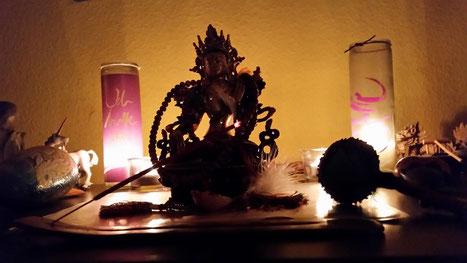 göttin altar sacred women circle blütenklang frauenkreis frauentempel