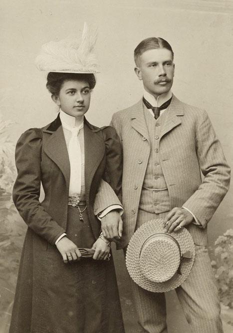 Olly ja Uno Donner. Kuva: Museovirasto, Kuvaaja: Atelier Apollo 1900