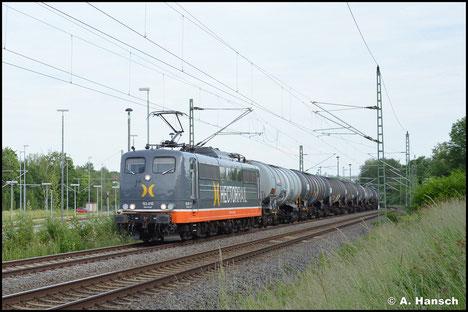 """151 063-5 (Hectorrail 162.010 """"Biberkopf"""") schleppt am 15. Juni 2021 einen Leerkesselzug durch Chemnitz-Furth gen Riesa"""
