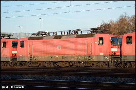Am 7. November 2018 wird 143 073-5 in einem Lokzug von Karsdorf nach Chemnitz überführt. Am 17.12.2020 steht sie, zum Abtransport bereit, am AW Chemnitz