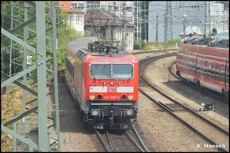 143 905-8 verlässt am 15. Juli 2015 Nürnberg Hbf.