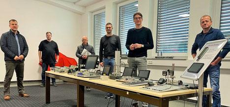 (von links) CDU-Fraktionsvorsitzender Andreas Kimpel, Geschäftsführer Martin Rohrbach, SPD-Fraktionsvorsitzender Hein-Peter Möller, Geschäftsführer Bernd Rohrbach, Bürgermeisterkandidat Timo Lübeck und GfH-Fraktionsvorsitzender Klaus Renschler.