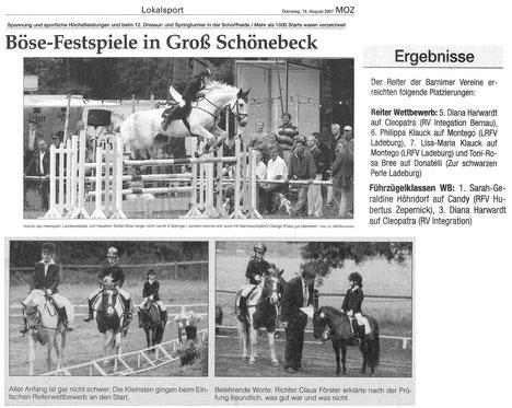 Erfolge bei den Kleinsten des RVI beim 12. Dressur- und Springturnier in Groß Schönbeck, erschienen am 14.08.2007 in der MOZ