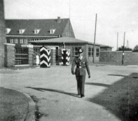 """Quelle: Dr. Ralf Scheibe, """"Ladebow im 20. Jahrhundert Der Nordosten der Hansestadt Greifswald im Spannungsfeld zwischen Landwirtschaft, Industrie und Militär"""""""