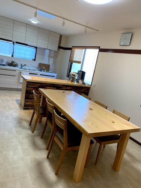 ナイフショールームの奥に開設したキッチンスタジオ