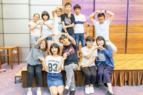 英語劇終了後、グループで記念撮影