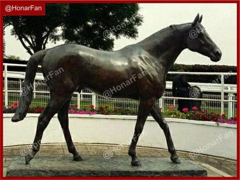 مجسمه اسب بتنی مجسمه اسب فایبرگلاس ماکت سازی مجسمه ویلایی
