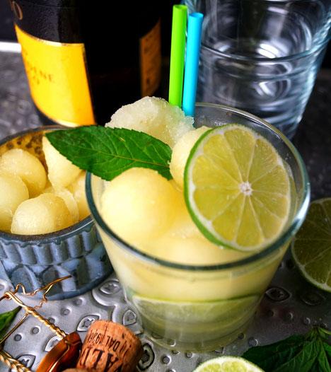 Melonensorbet, Limetten, Minze und ein Schlückchen Sekt: Der Sommer ist da!