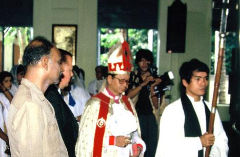Andrew Mya Han bei seiner Einführung zum Bischof