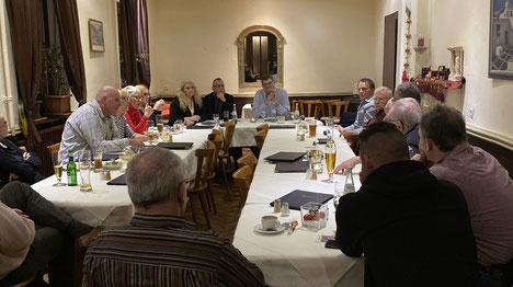 Bild aus einem Bügertreff in Miltenberg zur Kommunalpolitik