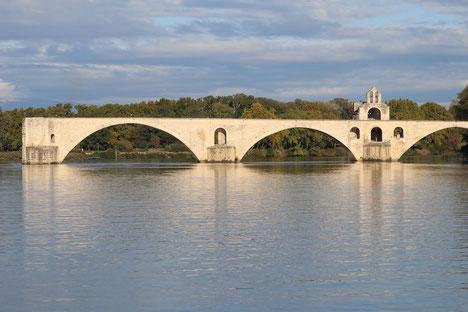 Sur le Pont, d'Avignon