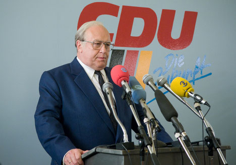 Thomas Thieme als Bundeskanzler Helmut Kohl. Foto: Stephan Rabold