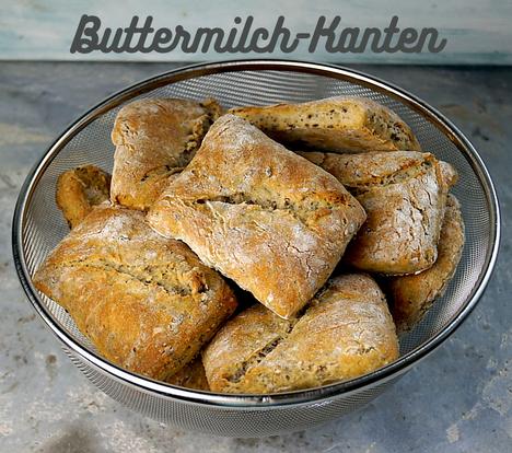 Buttermilch-Kanten, Brötchen mit Roggenanteil, Saaten und Buttermilch zum Synchronbacken im August 2021
