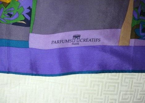 PARFUMS CREATIFS : CARRE CRÊPE DE SOIE, IDEM QUE LA PHOTO CI-DESSUS