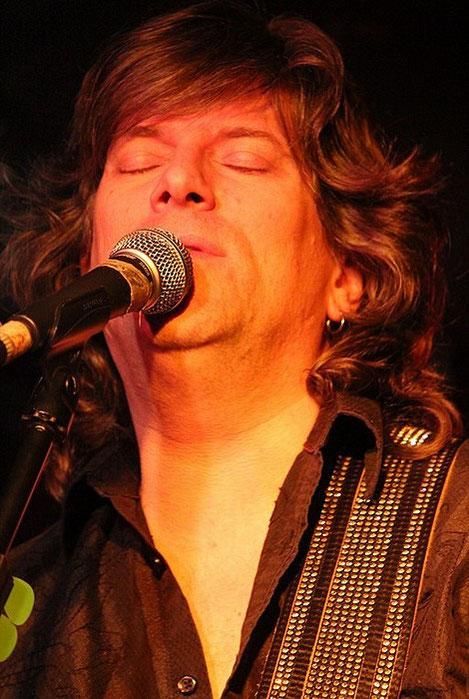 Paul Deslaurier. Comptoir du Jazz à Bordeaux 2012. Photo Jean-Pierre Vinel.