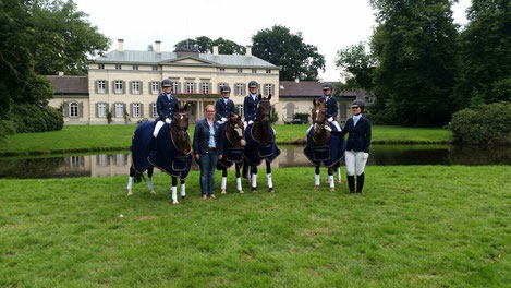Huder Ponymannschaft - A-Dressur Kür