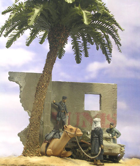 Der Beduine und das Dromedar sind von Verlinden, nicht billig, aber traumhaft modelliert.