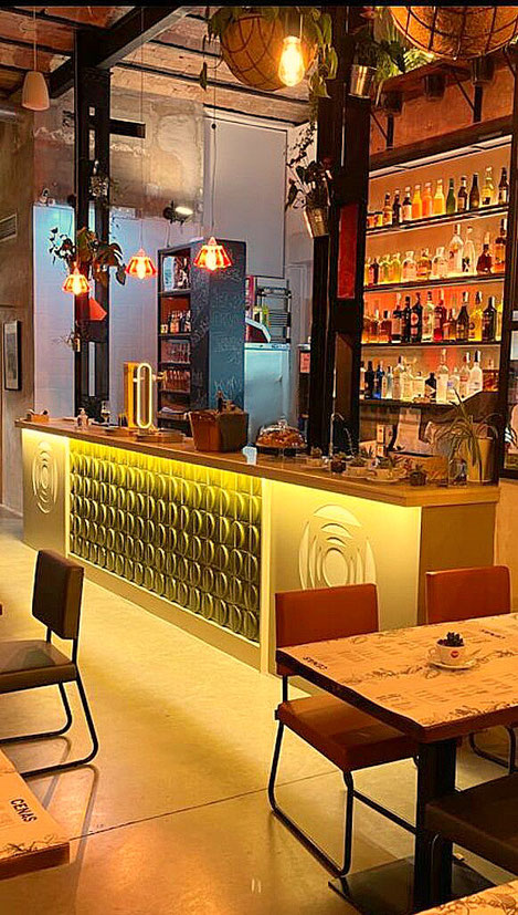 barras de bar BARRA DE SILESTONE PANEL COMPOSITE Y CERÁMICA 3D