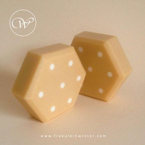 Polka dots - Handmade soap by Fräulein Winter
