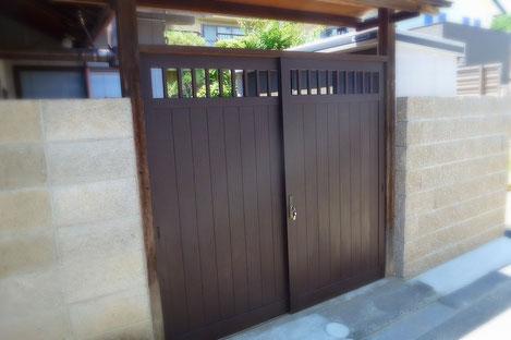 米ヒバ製木製門扉