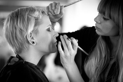 Make-Up Artist © mica image