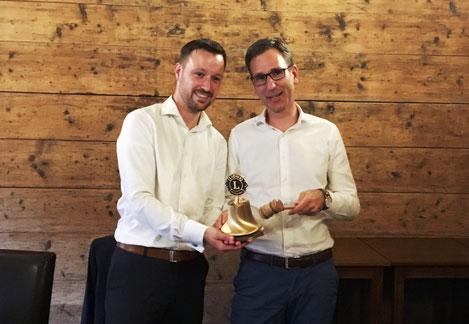 Sebastian Lechner (links) und Karsten Blumentritt bei der offiziellen Amtsübergabe.