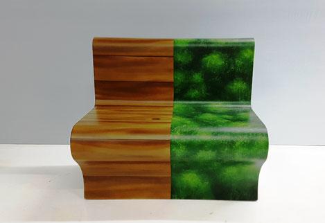 XPS Coatings by pilzdesign mit einer gemalten Holz - Moos Optik