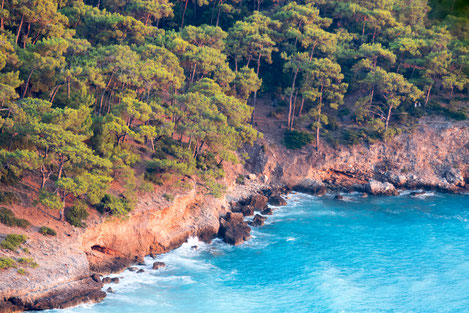 The coast of Kabak