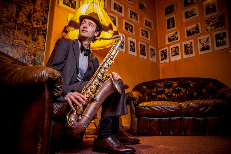 Französische Chansons | Swing & Jazz Berlin | Nadia Lafi