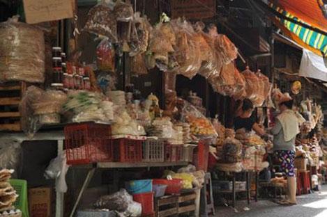 Ba hoa food market ho chi minh