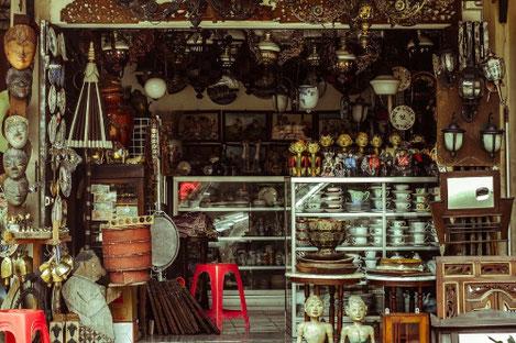 Le cong kieu street antiques street ho chi minh