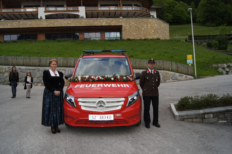 Das neue MTF mit Patin Christl und Fahrer Wolfgang