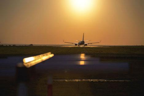 Грузия закрывает авиасообщение со всеми странами