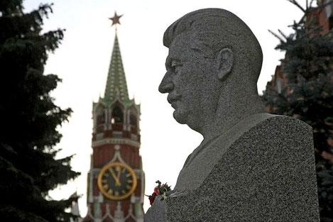 В России предложили перезахоронить Сталина в Грузию