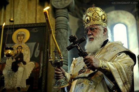 По молитве Патриарха Илии II исцелился умирающий ребенок
