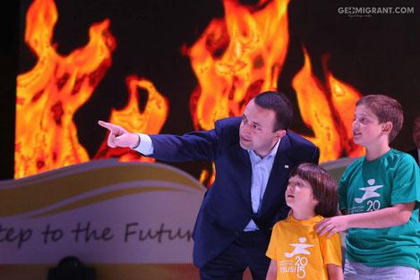Премьер Грузии награжден высшей наградой Национального олимпийского комитета