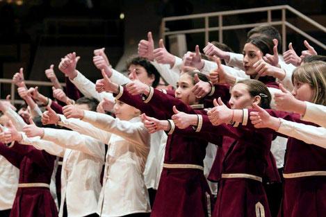 Грузинский детский хор «Патара Георгика» одержал победу на международном фестивале в Берлине