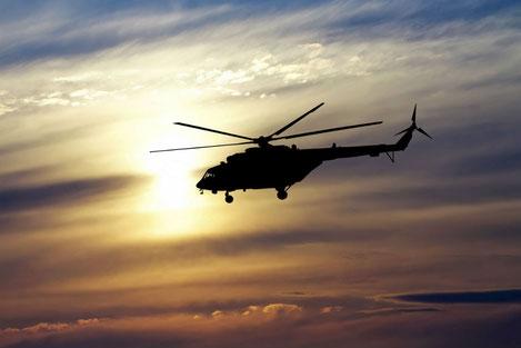 МВД Грузии доставляет людей вертолетами на границу с Россией
