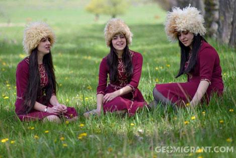 Грузинское трио «Мандили» выступит с сольными концертами в Болгарии