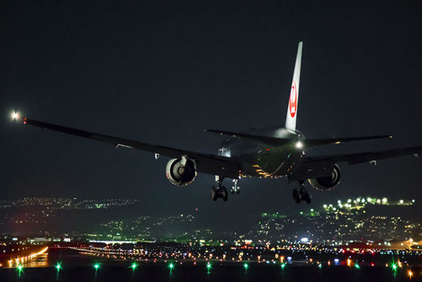 В аэропорте Батуми ожидается беспрецедентное число авиарейсов