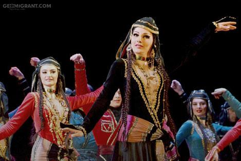 Грузины научат харьковчан танцевать