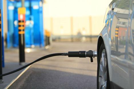 В Грузии откроют 100 станции подзарядки электромобилей