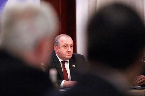 Президент Грузии призвал отменить антинаркотические законы которые погубили множество людей в стране